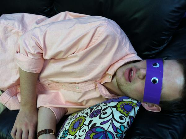 10TMNT_sleeping-coworker