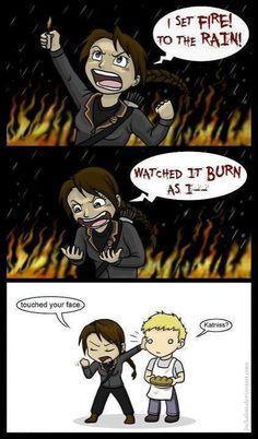 Katniss_SetFire